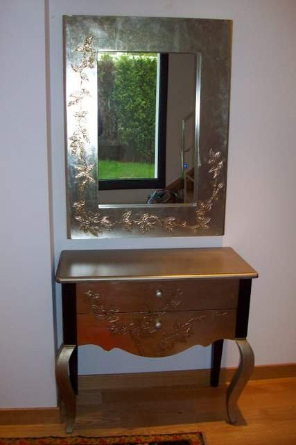 Mueble de entrada con espejo a juego