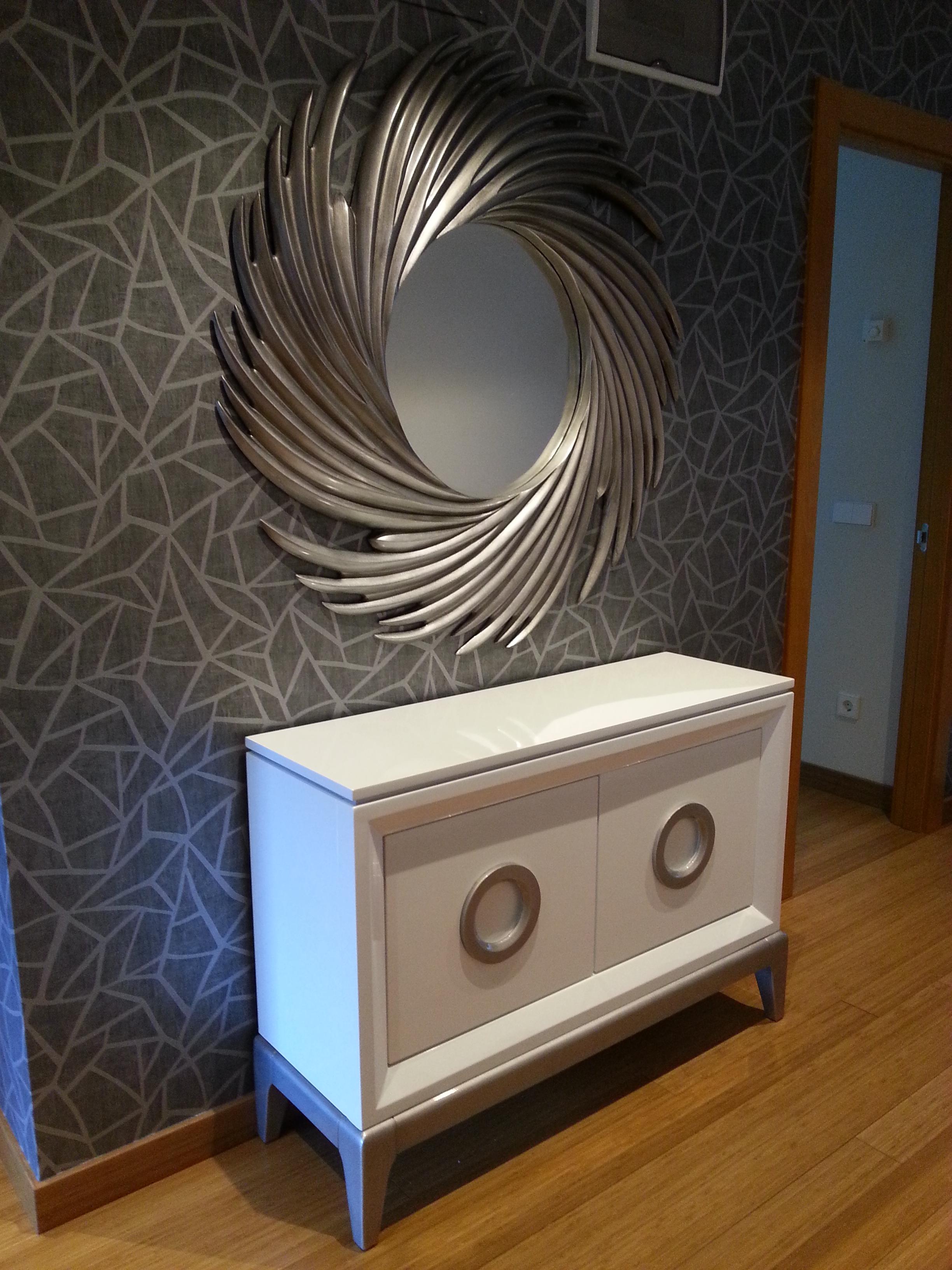 Vivienda en viesques - Muebles pintados en plata ...